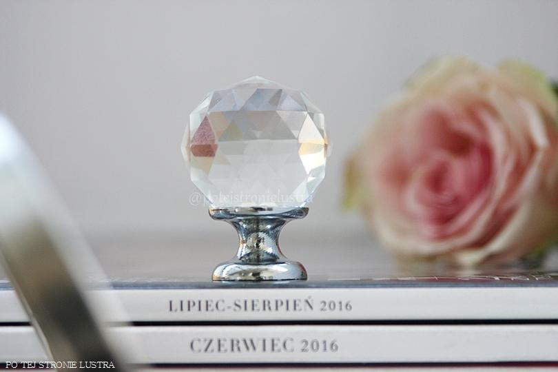 gałka do mebli z kryształem