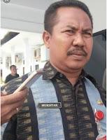 <b>Menunggu Dilantiknya Penjabat Walikota Bima, Mukhtar Landa Ditunjuk Sebagai Plh</b>