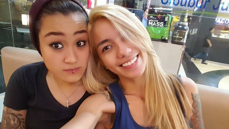 Sheila Marcia dan kekasihnya Melodya Vanesha