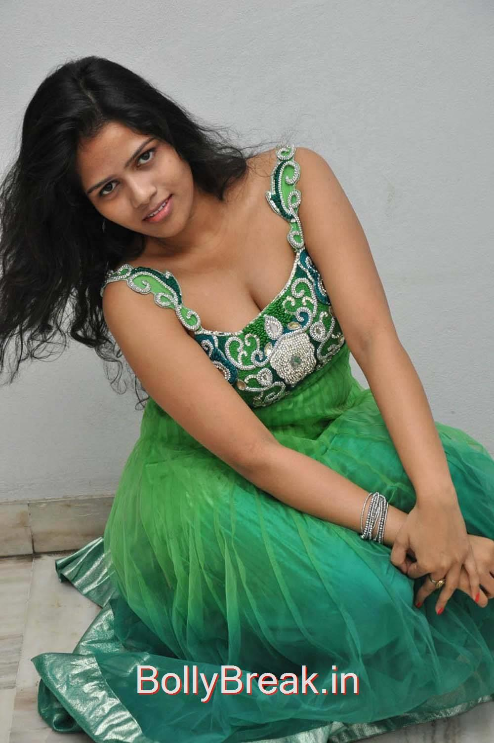 Lucky Pics, Lucky Hot Pics In Green Dress from Calling Bell Movie Audio Release Event