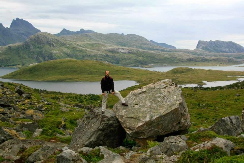 Trekking hacia Kvalvika, Flakstadoy - Islas Lofoten.