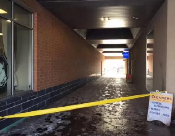 baby found toronto mall hallway
