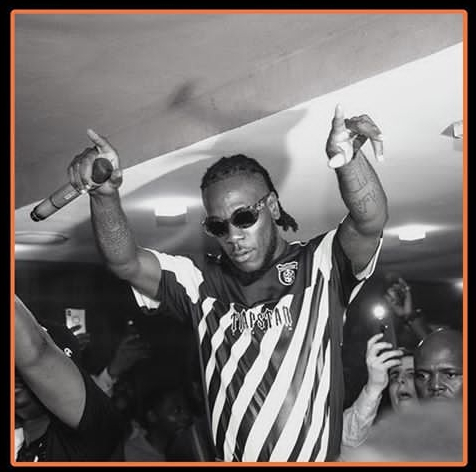 BurnaBoy-during-a-show-performance