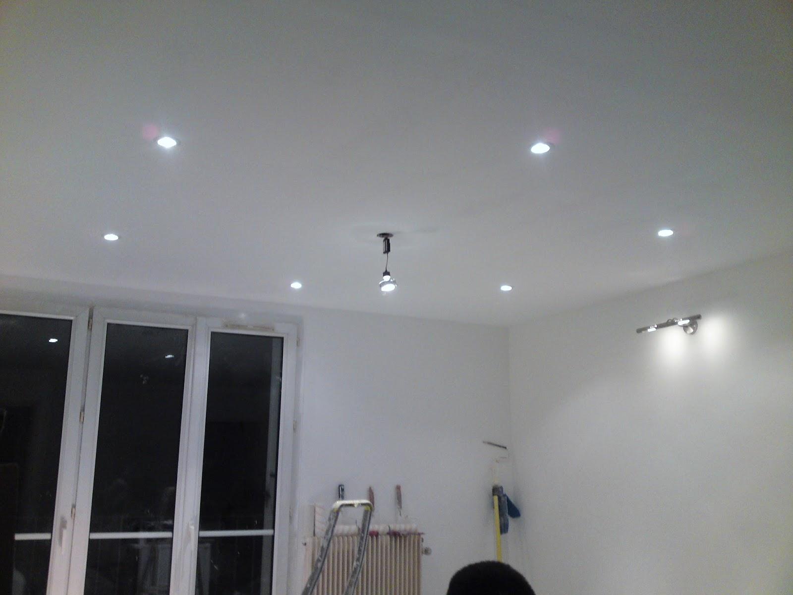 lcch pose de spots au plafond. Black Bedroom Furniture Sets. Home Design Ideas