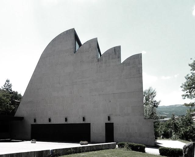 Riola chiesa Alvar Aalto esterno