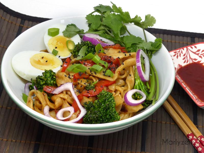 Nouilles udon sautées aux légumes