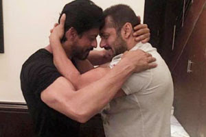Shah - Rukh - and - Salman - Khan - join - forces - for - a - war - movie