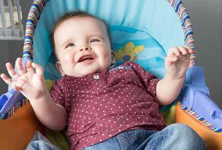 Bayi Ini Lahir Dengan 12 Jari Kaki dan Tangan