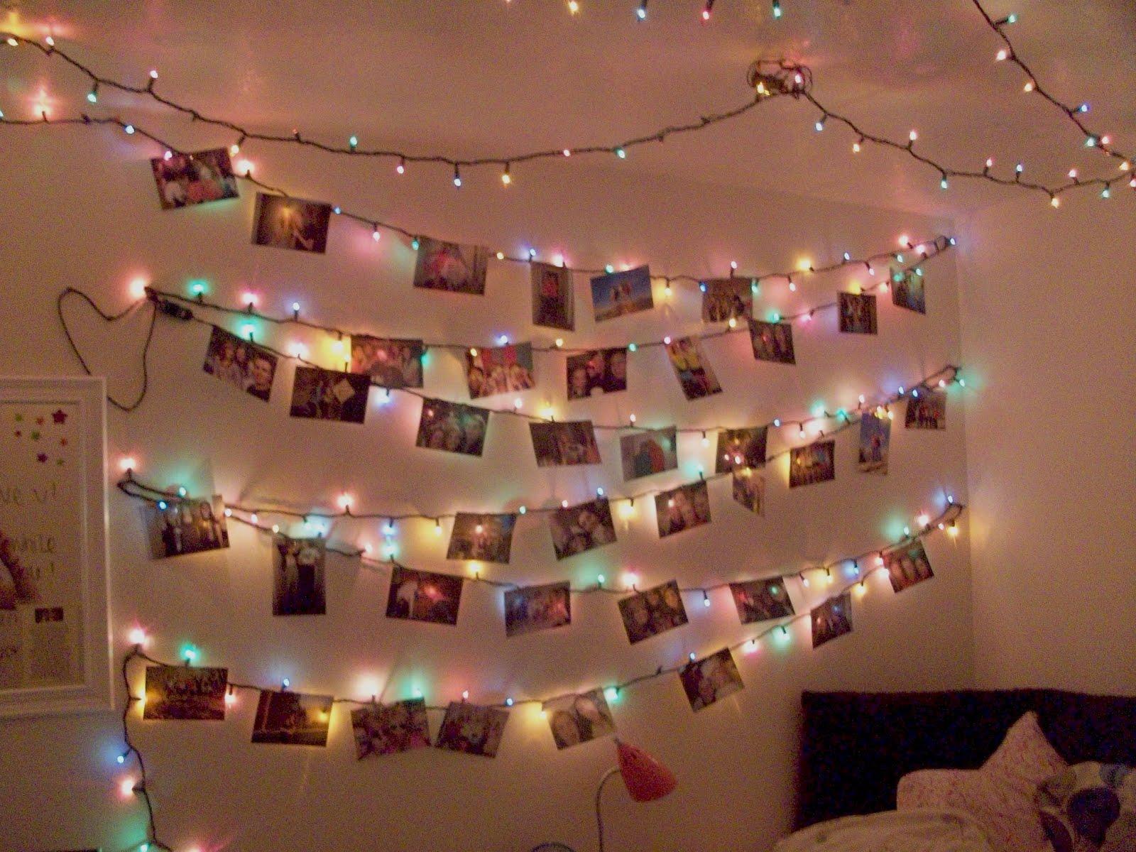 Christmas Light Design On Wall