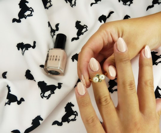 Bobbi Brown Nail Polish Naked