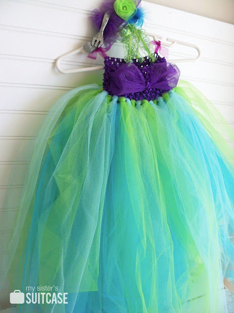 Costume Hair Accessory Ideas - Sister' Suitcase