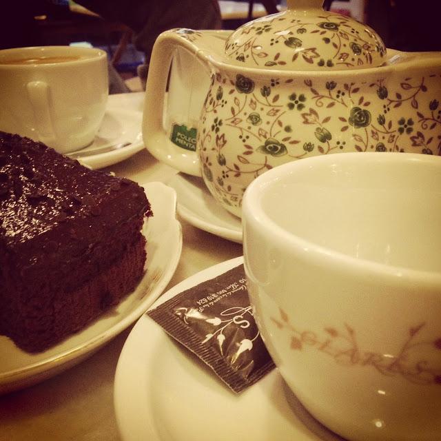cafetería Clarés