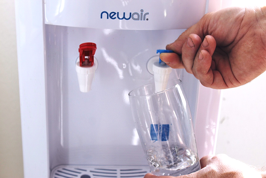 The #NewAir WAT10W Water Filtration Bottle fits nearly any make or model of home or office water dispensers providing 211 gallons or 9-12 months of clean drinking water at a fraction of the effort and price! (AD)