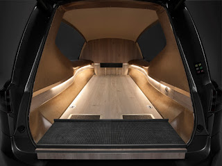 Vue intérieur du corbillard Tesla S