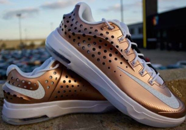 "8b72f0f3e9a6 Nike KD 7 Elite ""EYBL"" Sneaker Available Now (Detailed Images). Here is a  detaield look at the new Nike KD 7 Elite ""EYBL"" ..."