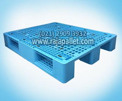 2 Pallet Plastik Racking Harga Murah Untuk Kebutuhan Logistik Gudang
