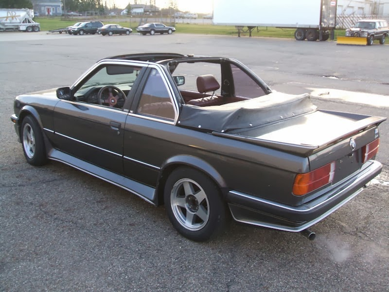baurspotting 1983 bmw e30 323i baur convertible for sale. Black Bedroom Furniture Sets. Home Design Ideas