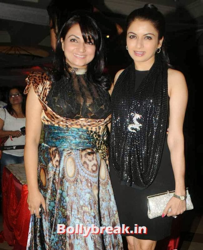 Anupama Verma and Bhagyashree, Page 3 Celebs at Rohit Varma's A Beautiful You Inside Out Show
