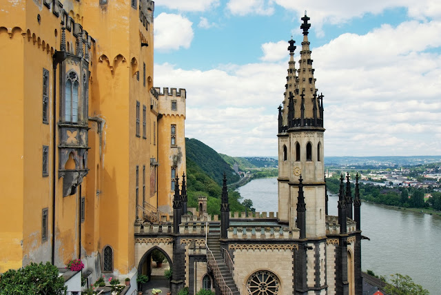The Stolzenfels Castle in Koblenz against the backdrop of the Rhine. Photo: © German National Tourist Office. Unauthorized use is prohibited.