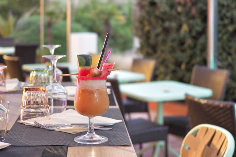 Cocktail à l'hôtel Ibis Hyères Plage