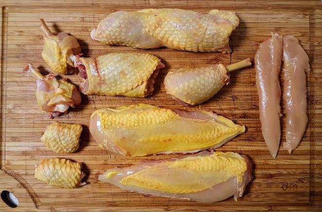 Découper le poulet à cru