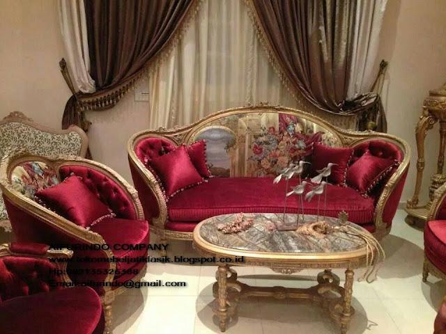 sofa tamu set jati,sofa tamu klasik,sofa tamu clasic,sofa tamu duco mewah,furniture ukir jepara,furniture mebel jepara,toko mebel jati klasik,furniture Jati Klasik duco mewah,code A1010