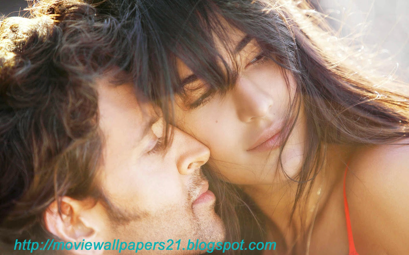 Download Bollywood Kissing Scenes