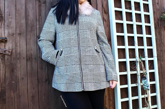 checked fur collar coat