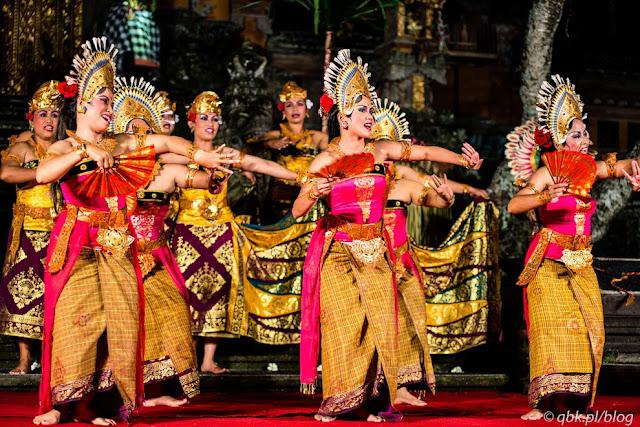 Contoh Tari Kelompok Yang Tersebar di seluruh Indonesia