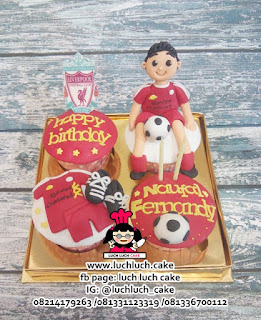 Cupcake Ulang Tahun Tema Liverpool