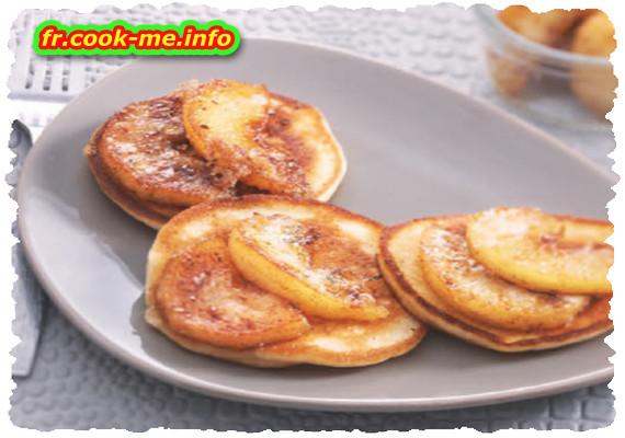 Pancake aux pommes et au beurre