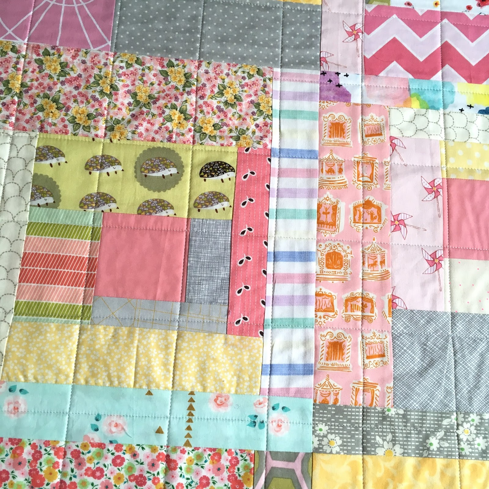baby at play quilt / CHARM ABOUT YOU