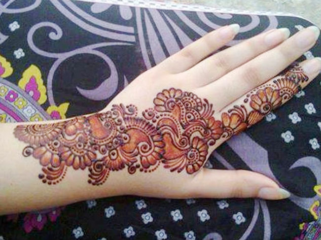 Latest shaded mehndi designs 2018 mehndi lagao bail style shaded mehndi pattern thecheapjerseys Image collections