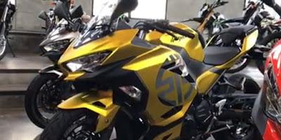 Warna Baru Kawasaki Ninja 250cc, Motor Sport ini Tampak Elegan dan Mewah