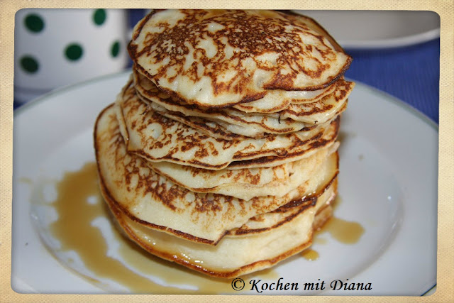 Minipfannkuchen mit Ahornsyrup