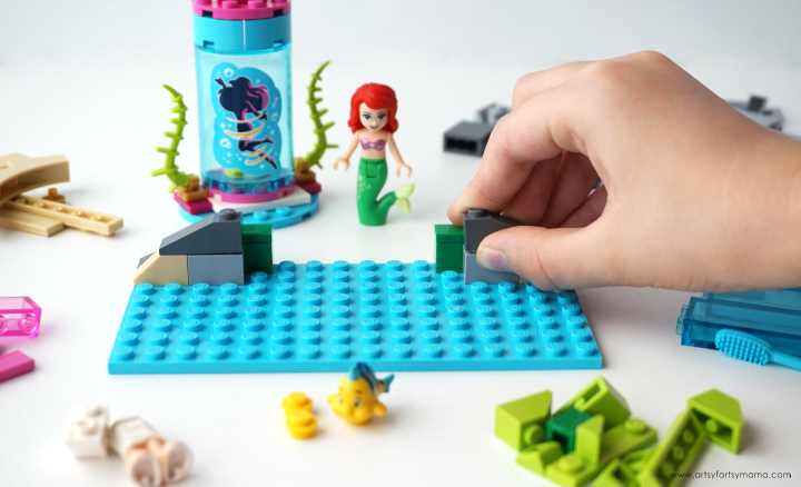 Explore the secrets of the sea with Ariel and Flounder with the LEGO Disney Ariel and the Magical Spell set!