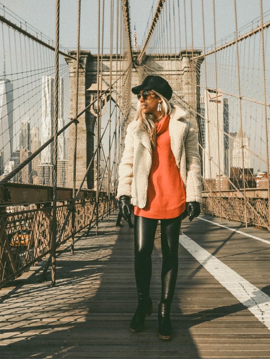 Brooklyn Bridge winter outfit red turtle neck baker boy hat
