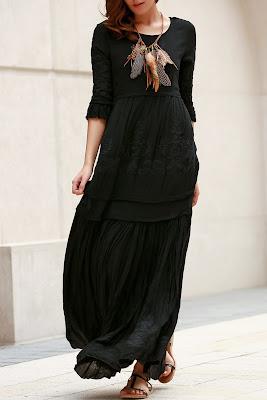 Vestido negro con bordado