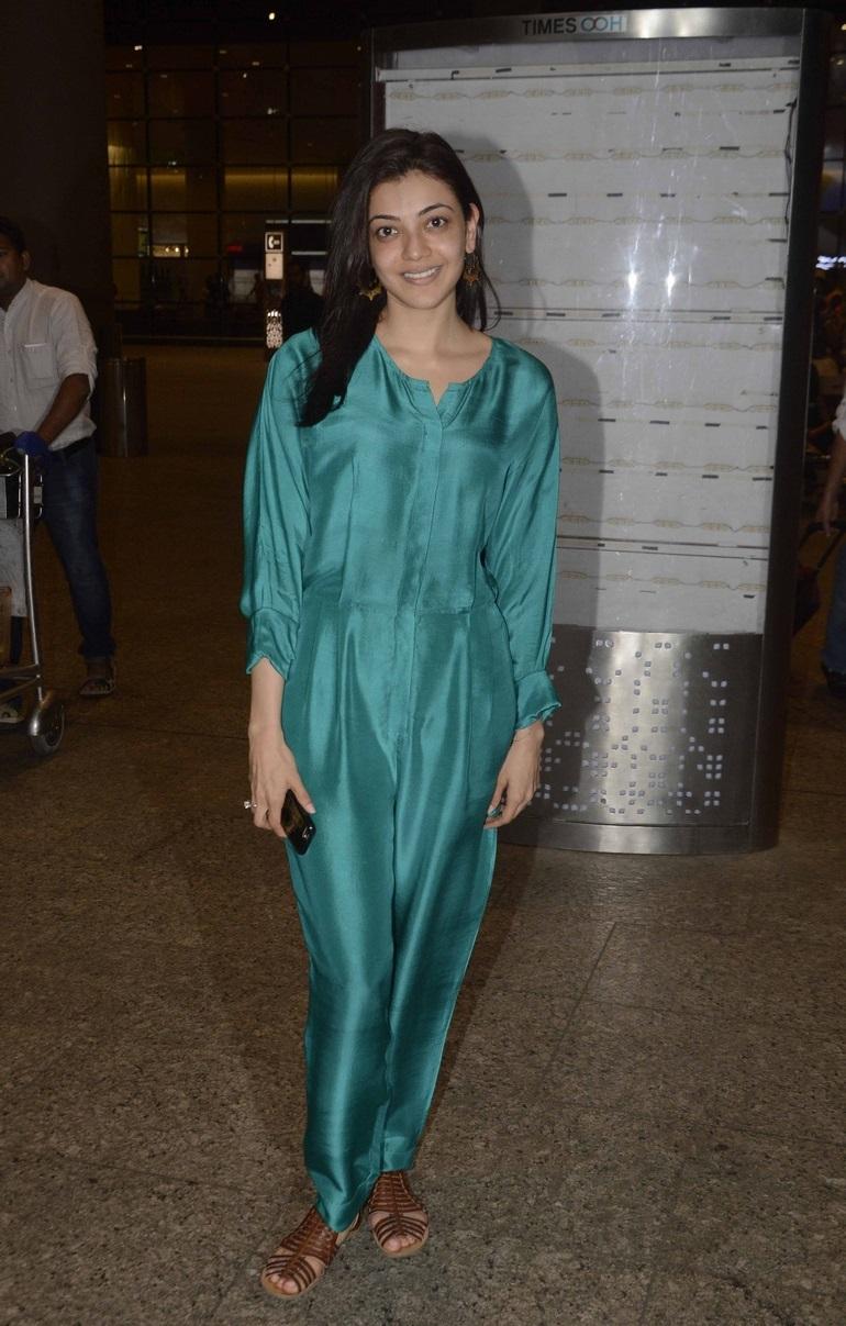 Kajal Agarwal Photos at Mumbai Airport Without Make Up Face
