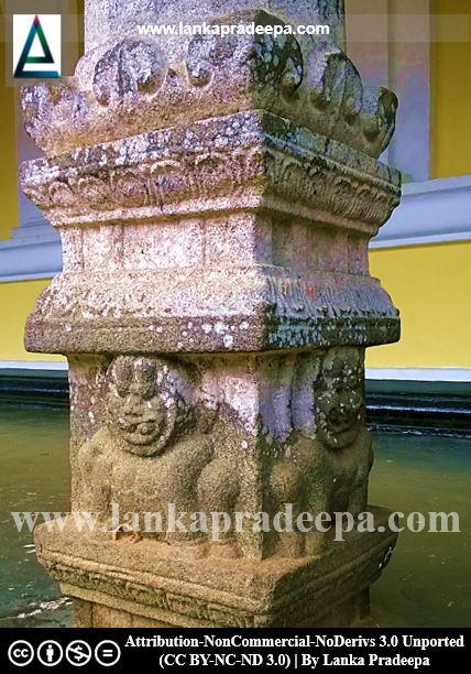 Carvings in the image house, Aramanapola Viharaya
