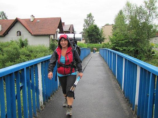 Przejście przez rzekę Rabę, z Gorców do Beskidu Makowskiego.