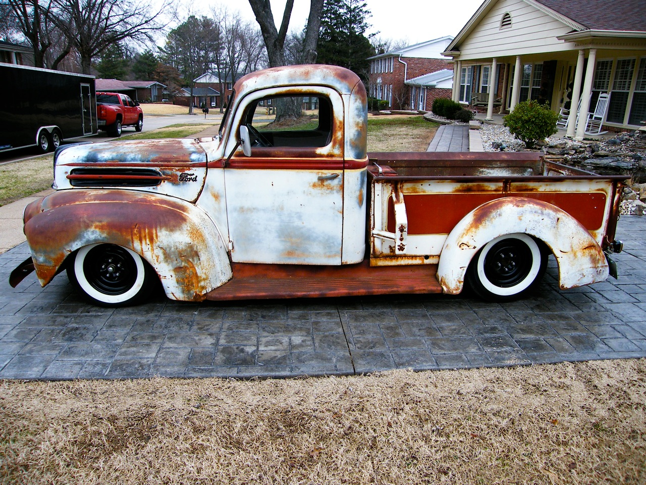 Working.Class.Kustoms: rusty ford truck