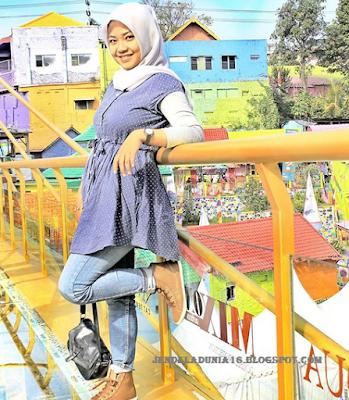 Objek Wisata Jembatan Kaca Ala Indonesia Dan Pesona Kampung Warna-Warni 3D Jopidan