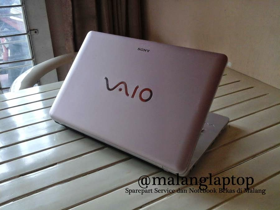 Laptop Sony Vaio VGN-NW25E Bekas