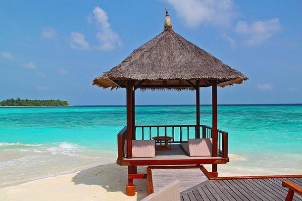 kumsal da şemsiye, mavi deniz, bungalow,