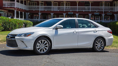 toyota camry 2017 side view image