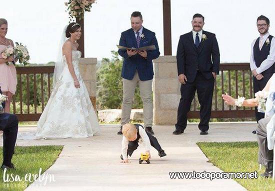 Chicos en fiestas de casamiento