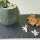 http://www.patypeando.com/2017/05/cocinando-con-flores-pavo-marinado-con-soja-y-verduras-con-flores-de-jazmin.html