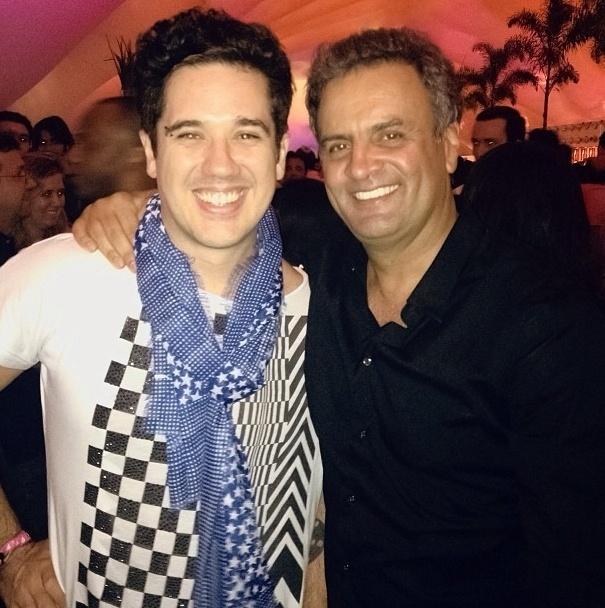 CONDENADO: Vocalista do Jota Quest(@flausinoJQ) terá que pagar indenização para dupla sertaneja