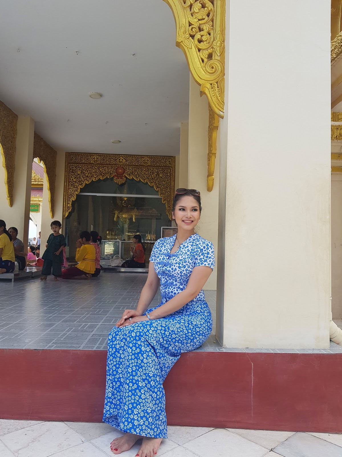 Emerald Nyein In Beautiful Simple Outfit